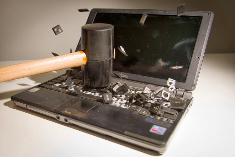 portatile distrutto